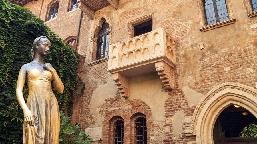 Casa_di_Giulietta1-Cropped.jpg