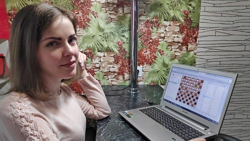 -шашки-онлайн.jpg