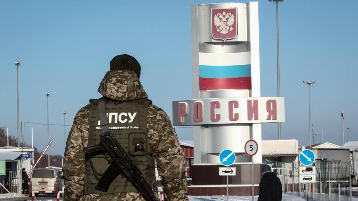 Украинские пограничники не пустили привитых «Спутником V» иностранцев