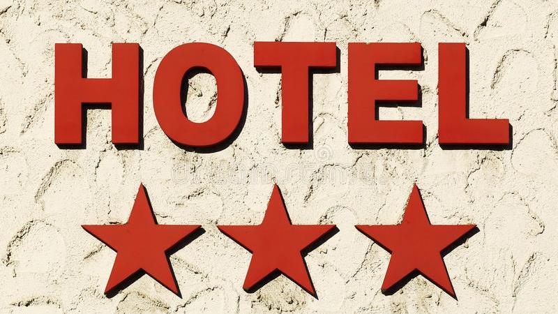 hotel-27225354-Cropped.jpg